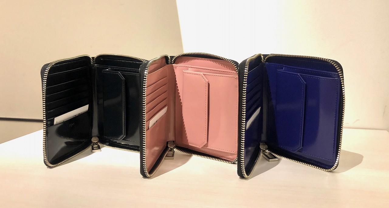 ラウンドファスナー折財布