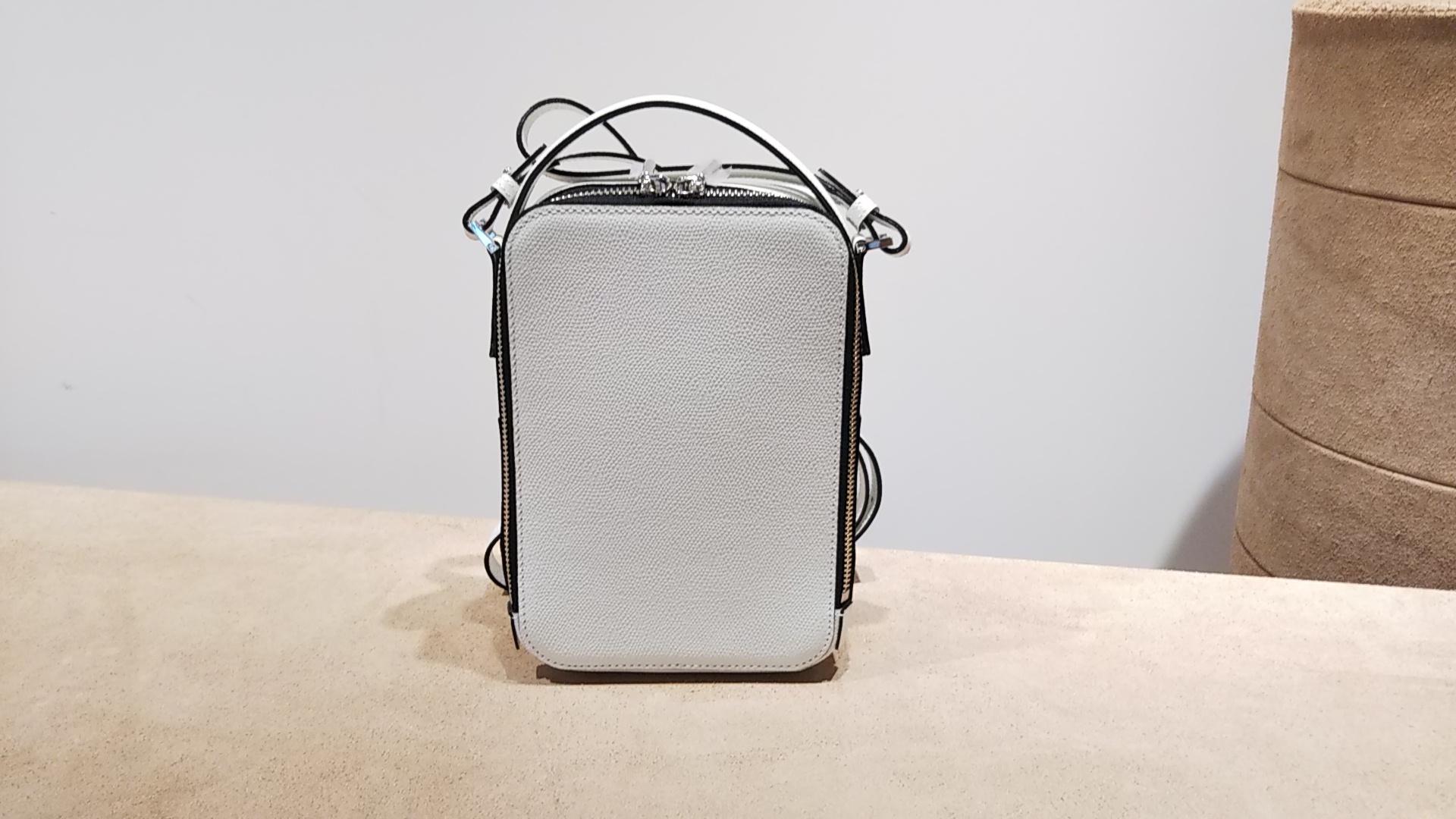 完売色#しろバッグ再入荷と新色追加のお知らせ